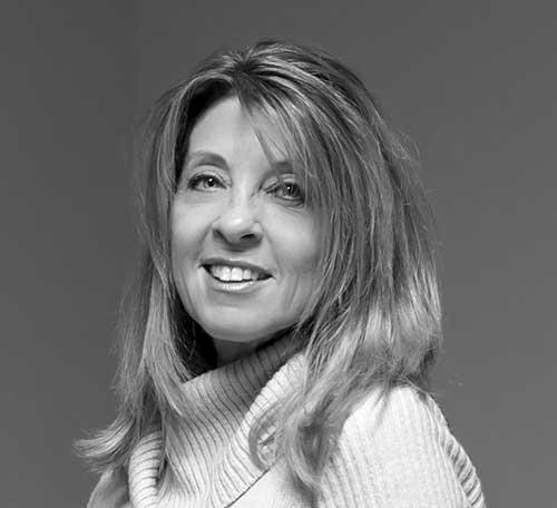 Holly Cliffe - Manager, Social Media